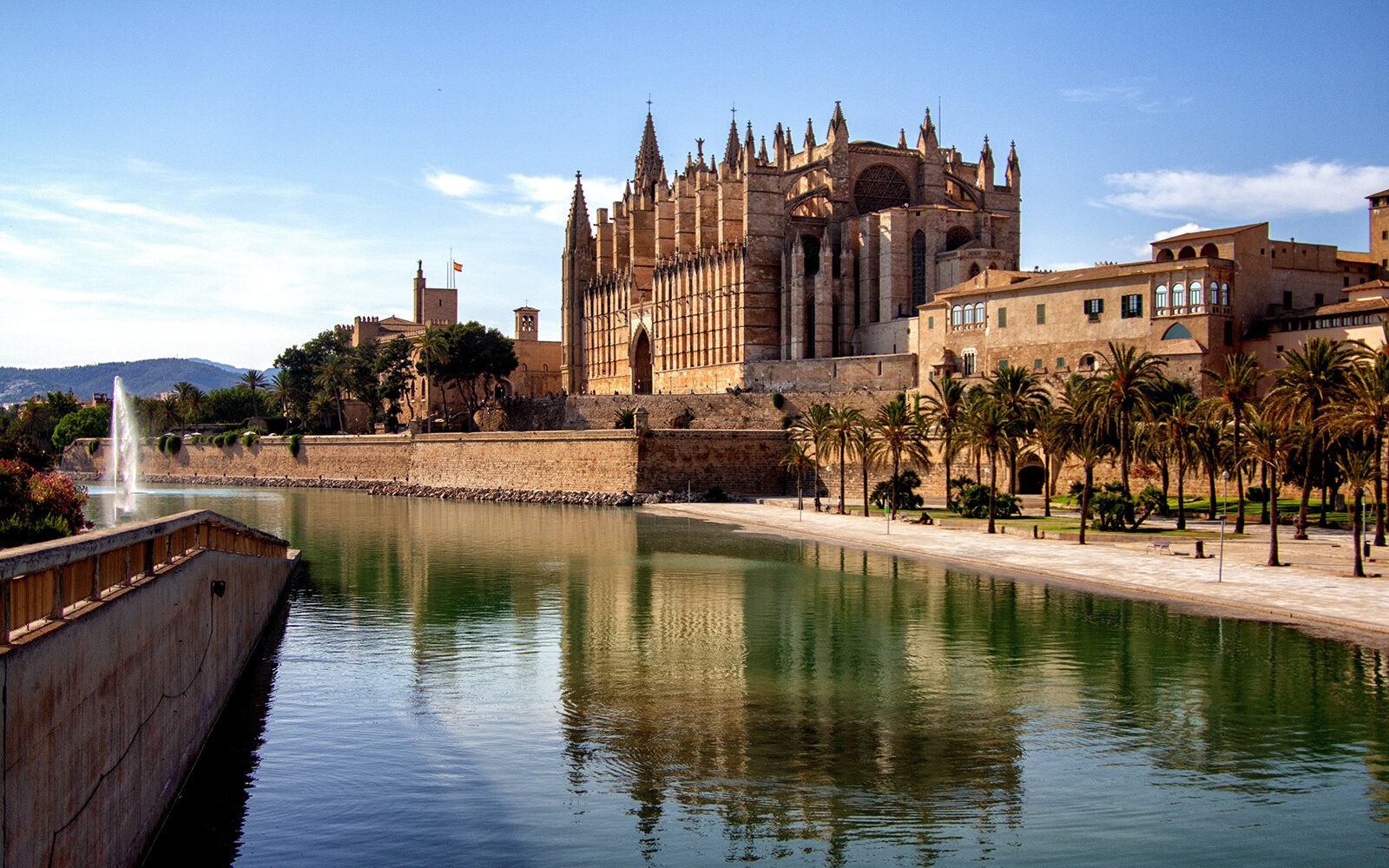 8 ting du skal opleve i Palma de Mallorca - Katedralen