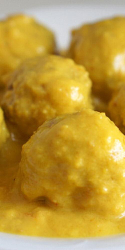 Spanske kødboller i mandelsauce - opskrift