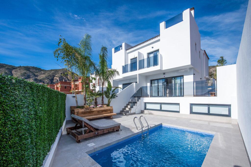 Medland Spains villa i Orcheta