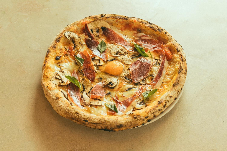 Smag lækre, økologiske pizzaer på MO de Movimiento i Madrid