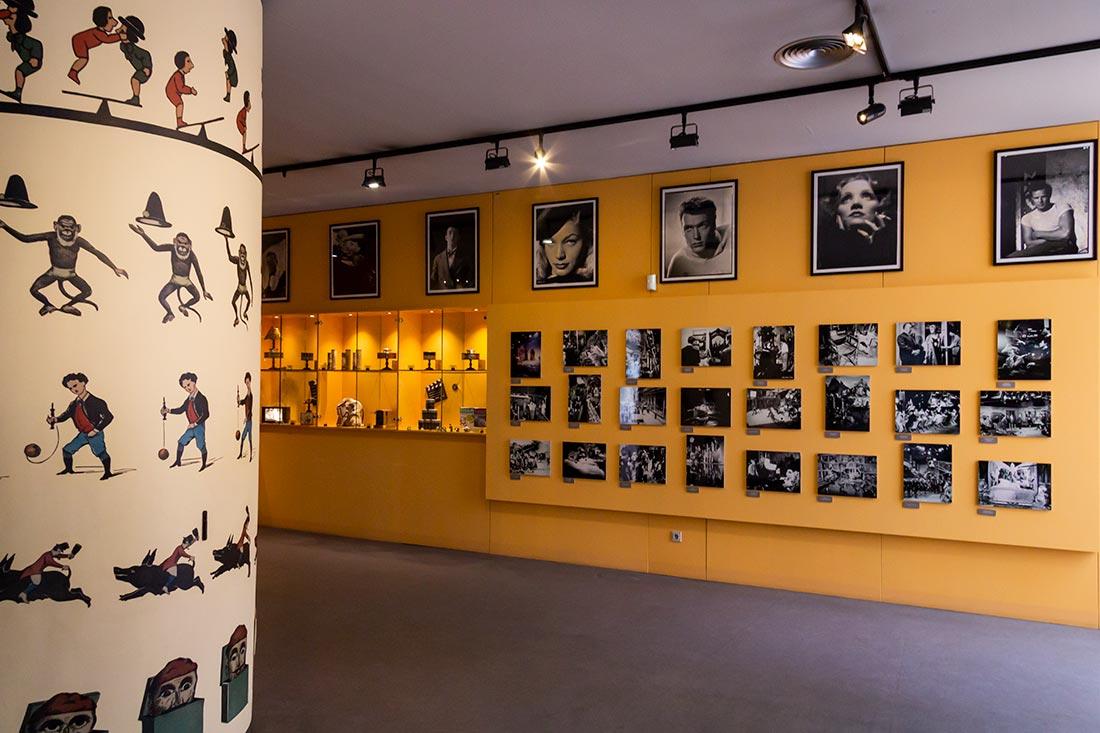 Besøg Gironas filmmuseum med en gigantisk samling af objekter fra filmens verden.