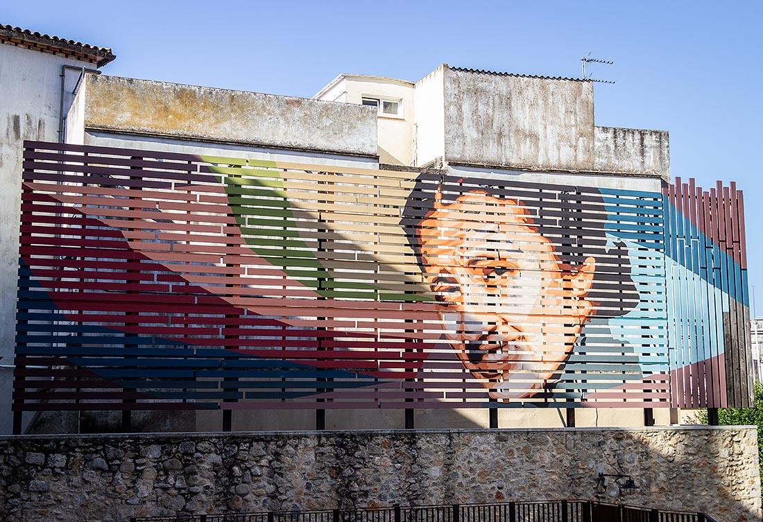 Girona er spækket med spændende gadekunst, du kan gå på opdagelse i.