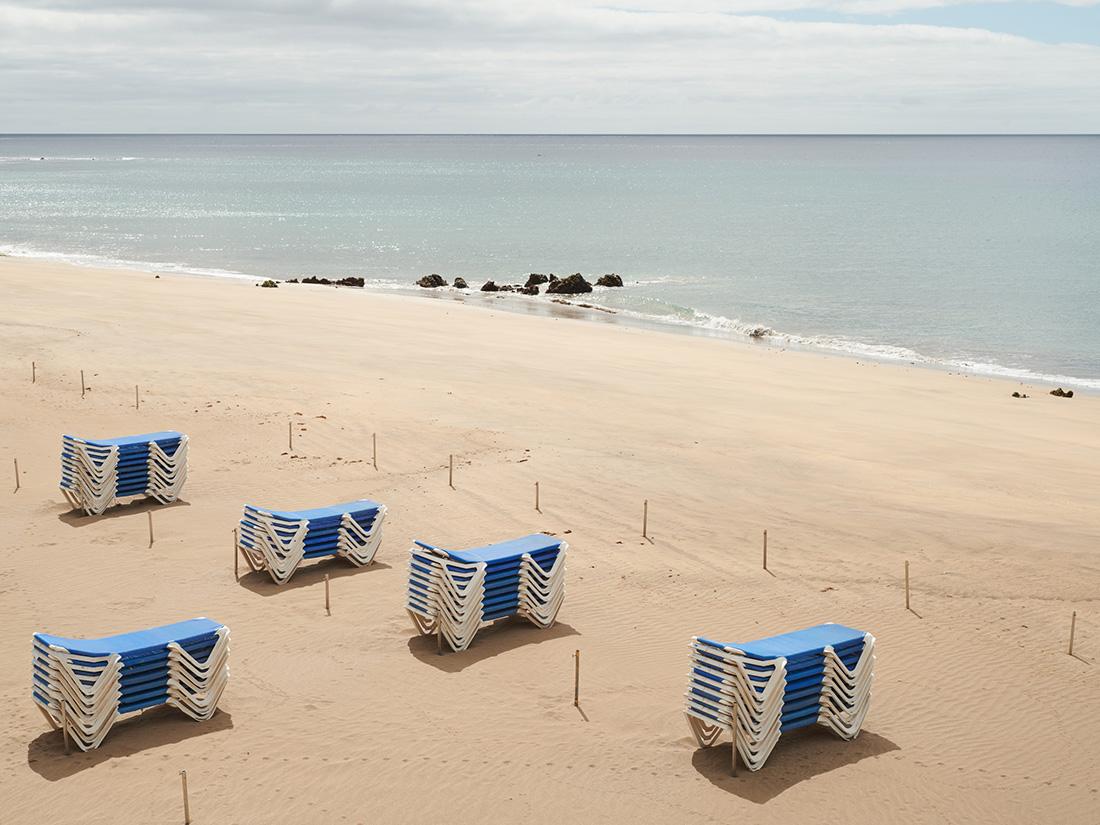 Tomme strande under nedlukningen i det coronaramte Spanien. Foto: Ruben Acosta