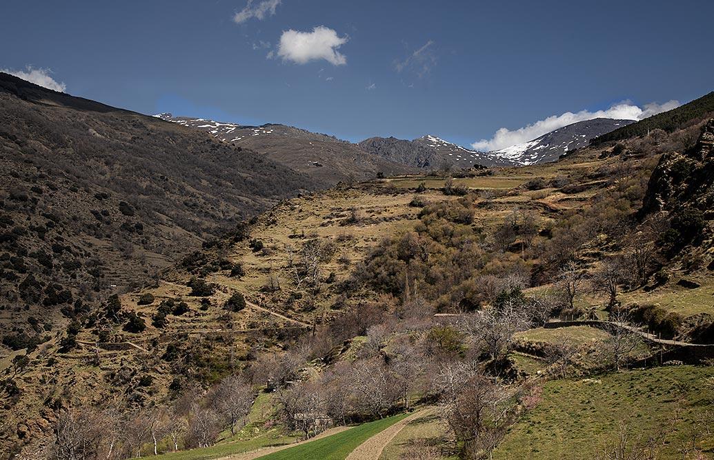 Aplujarras landskab er perfekt til vandreture i bjergene.