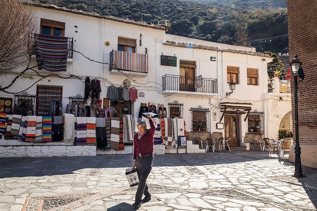 Den lille bjerglandsby Pampaneira i Alpujarra er den mest turistede af de små bjerglandsbyer.
