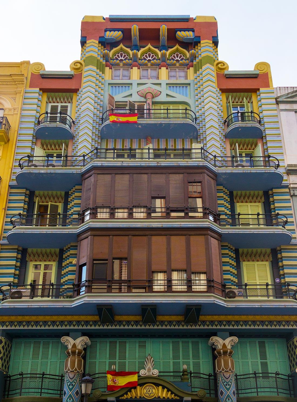 Det jødiske hus i Valencias Ruzafa-kvarter er en farverig arkitektonisk perle